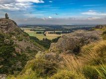 Paysage montagneux sauvage et collines à Cantorbéry, île du sud, Nouvelle-Zélande photos libres de droits