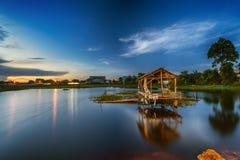 Paysage, nature, clauds, cieux, ciel, coucher du soleil, lever de soleil, lac, Photo libre de droits