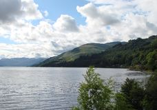 Paysage naturel du fjord de l'Ecosse occidentale près de Fort William Image libre de droits