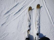 Paysage neigeux de ski Photographie stock