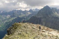Paysage nuageux de montagne Photographie stock libre de droits