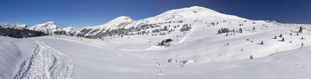 Paysage panoramique Banff Ski Snow Winter de prés de soleil images stock