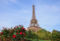 Paysage romantique de Paris de Tour Eiffel Photo libre de droits