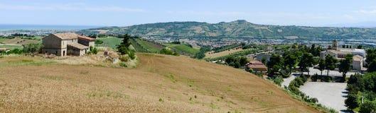 Paysage rural à la côte chez San Benedetto del Tronto photos libres de droits