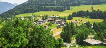 Paysage rural dans les montagnes françaises d'Alpes Photographie stock