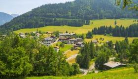 Paysage rural dans les montagnes françaises d'Alpes Photo stock