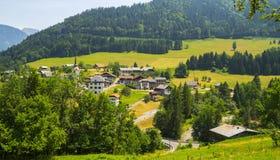 Paysage rural dans les montagnes françaises d'Alpes Image libre de droits