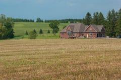 Paysage rural de champ après moisson photos libres de droits