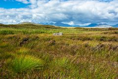 Paysage rural scénique dans Connemara en Irlande Photos stock