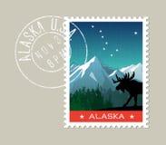 Paysage scénique de montagne de l'Alaska avec des orignaux Image stock