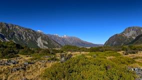 Paysage scénique de montagne le long de Kea Point Track dans le cuisinier National Park de bâti d'Aoraki Photographie stock