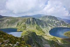 Paysage étonnant du rein et des lacs eye, les sept lacs Rila Photos libres de droits