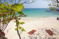 Paysage tropical de plage Photos stock