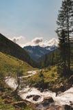 Paysage typique de montagne sur les dolomites italiennes images libres de droits
