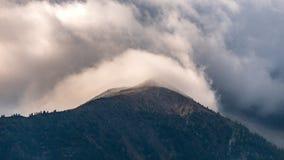 Paysage typique de montagne sur les dolomites italiennes image stock