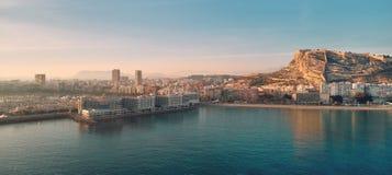 Paysage urbain aérien d'Alicante de photo Blanca de côte, Espagne images stock
