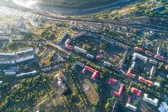 Paysage urbain aérien de ville de Kandalaksha images stock