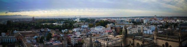 Paysage urbain aérien panoramique de ville de Séville de cathédrale, Espagne Photos libres de droits