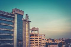 Paysage urbain au coucher du soleil Image stock