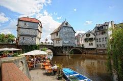 Paysage urbain de Bad Kreuznach avec ses passerelles historiques et photographie stock libre de droits