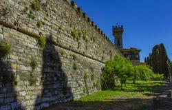 Paysage urbain de Badia un Passignano immergé dans les collines de chianti dans la municipalité de Tavarnelle Val di Pesa en Tosc photographie stock