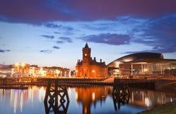 Paysage urbain de baie de Cardiff Photographie stock libre de droits