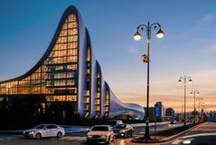 Paysage urbain de Bakou au coucher du soleil Photos libres de droits