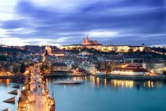 Paysage urbain de château de Prague Photographie stock libre de droits