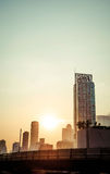 Paysage urbain de Bangkok de coucher du soleil de cru, Thaïlande Photo stock