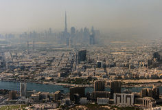 Paysage urbain de Dubaï vu de la haute  Photographie stock