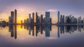 Paysage urbain de Duba? et vue panoramique de la baie d'affaires, EAU photos libres de droits
