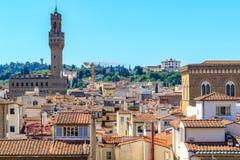 Paysage urbain de Florence, comportant les toits rouges de terre cuite Photos libres de droits