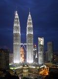 Paysage urbain de Kuala Lumpur avec la Tour jumelle Photos stock