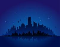 Paysage urbain de nuit Images stock