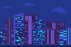 Paysage urbain de nuit avec des gratte-ciel Photo stock