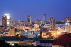 Paysage urbain de nuit de Kyiv Photo stock