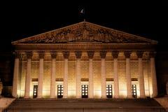 Paysage urbain de nuit de Parisrian Photographie stock