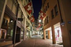 Paysage urbain de nuit de Zurich Photo libre de droits