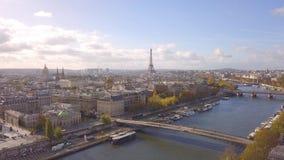 Paysage urbain de Paris banque de vidéos