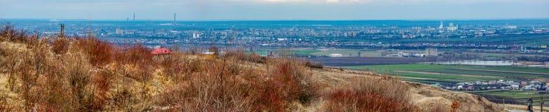 Paysage urbain de Ploiesti d'en haut, la Roumanie Photos stock