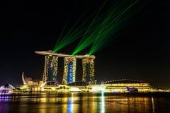 Paysage urbain de Singapour la nuit, Singapour - 17 janvier 2015 Photos stock