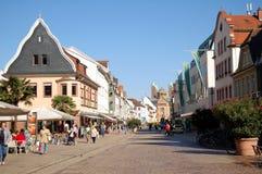 Paysage urbain de Speyer avec le son centre ville et maisons historiques Peo photographie stock