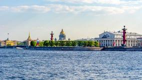 Paysage urbain de St Petersburg, Russie photos stock