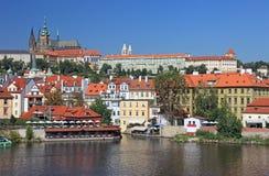 Paysage urbain de vieux Prague. Image libre de droits