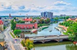 Paysage urbain de Wroclaw avec la rivière Odra Image libre de droits
