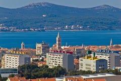 Paysage urbain de Zadar et île d'Ugljan Photo libre de droits