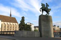 Paysage urbain de Zurich avec le monument, Suisse photos libres de droits