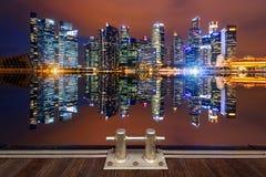 Paysage urbain la nuit photo libre de droits