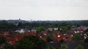 Paysage urbain lumineux de Hamm avec l'usine et les maisons Photographie stock libre de droits
