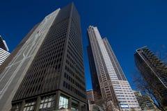 Paysage urbain moderne et vieux de Chicago du centre de bâtiments Photos libres de droits
